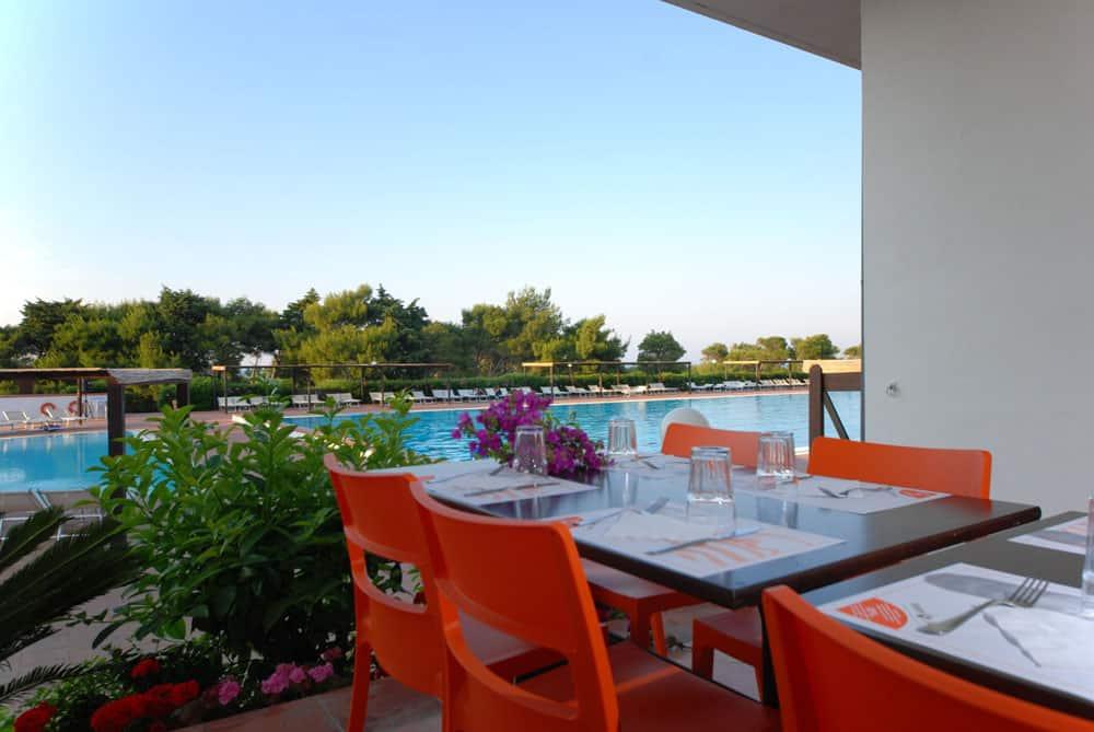 4SS_ristorazione-9- OSTUNI PENSIONE COMPLETA ALL INCLUSIVE HOTEL CLUB SANTA SABINA