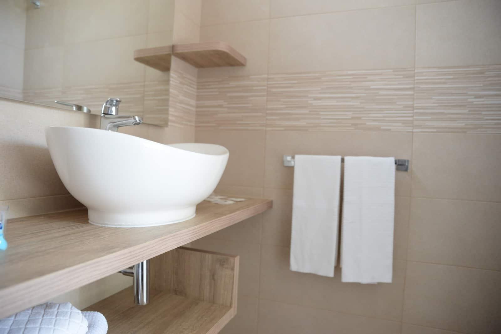 bagno1-1 OSTUNI PENSIONE COMPLETA ALL INCLUSIVE HOTEL CLUB SANTA SABINA